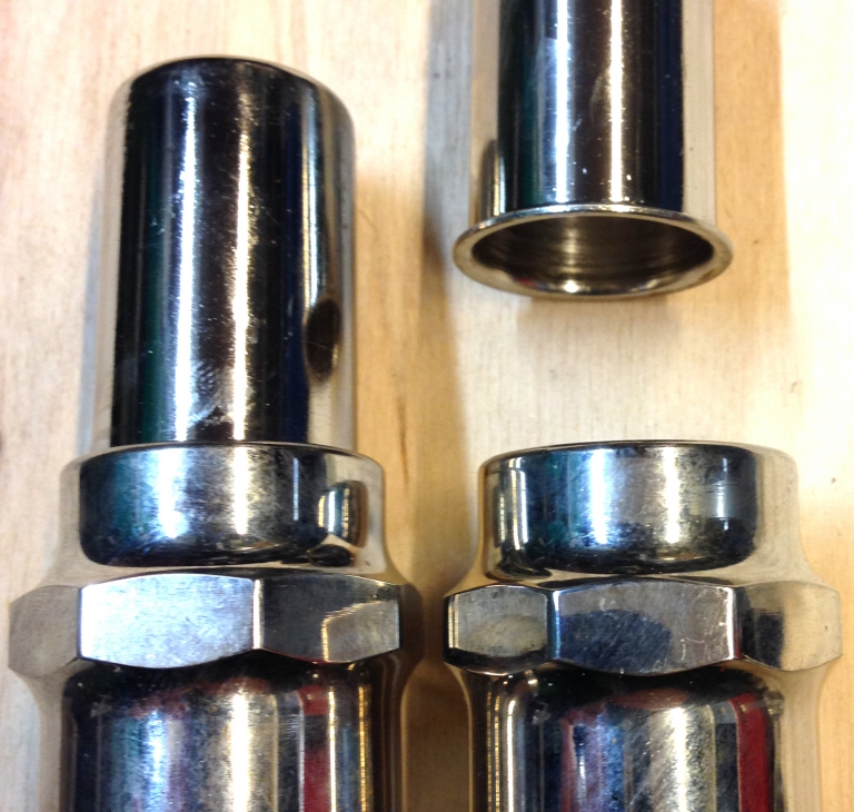 #R173-26, 174-26 Ventilcover  chrom